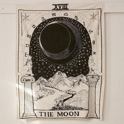 18 The moon tarot tapestry