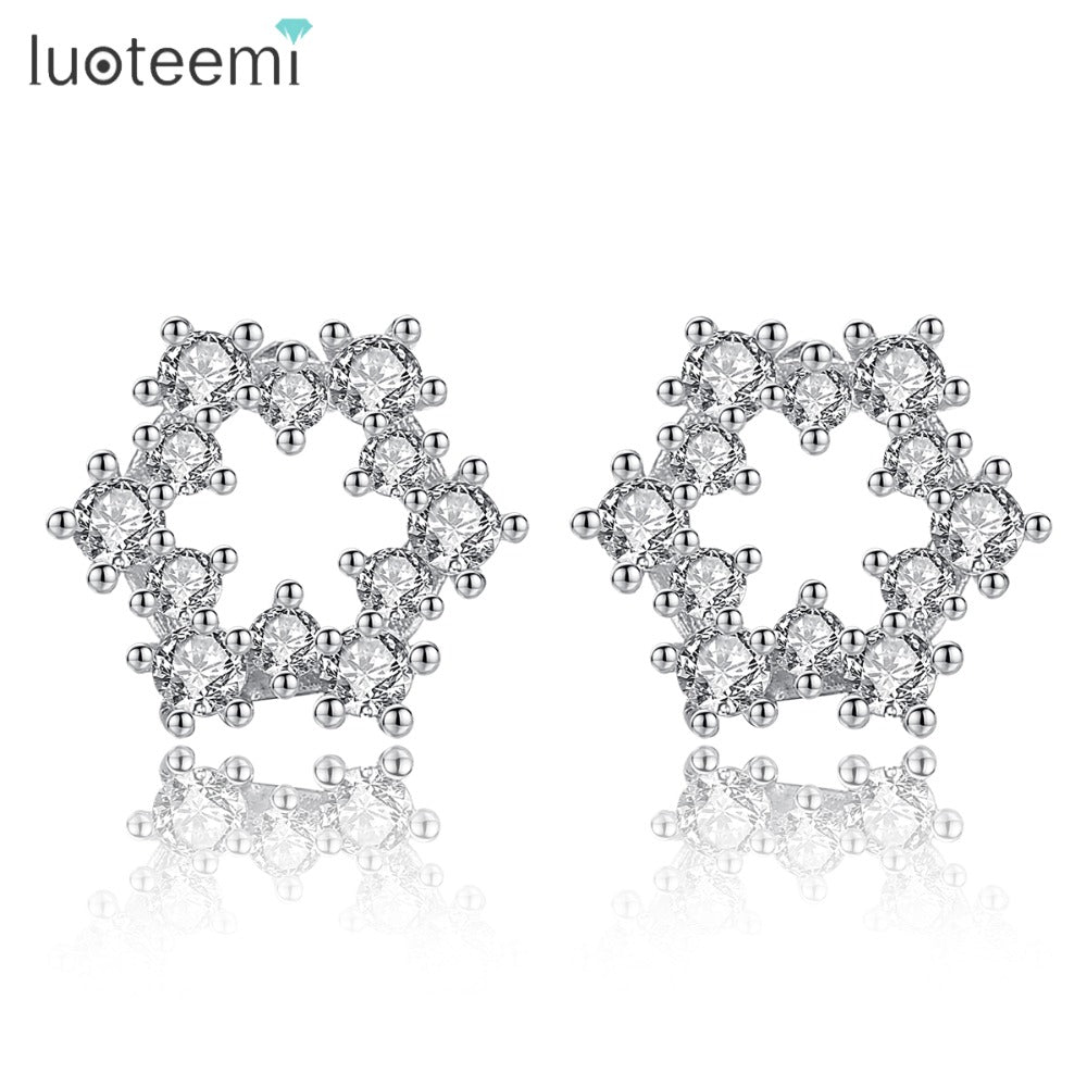 LUOTEEMI New Cute Snowflake Bijoux Stud Earrings for Women Fashion Wedding Party Jewelry CZ Flower Pendientes Mujer Moda Gifts