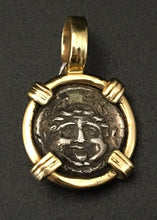 Load image into Gallery viewer, Medusa Pendant