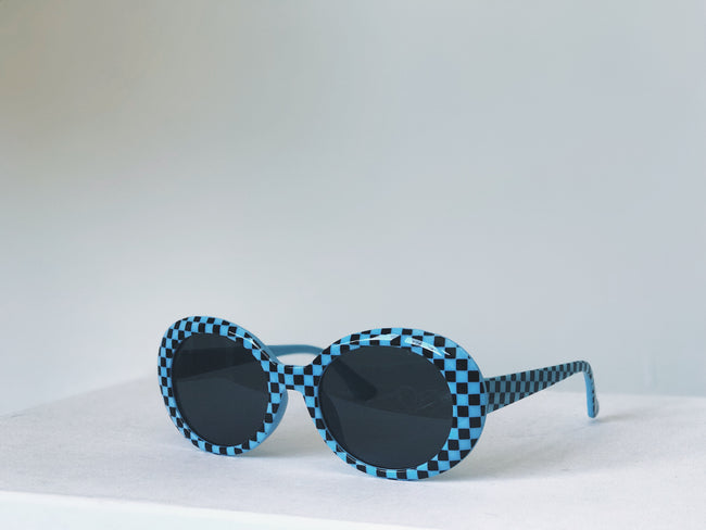 CHECKERED CRUSH ON YOU SUNGLASSES (COLORED)