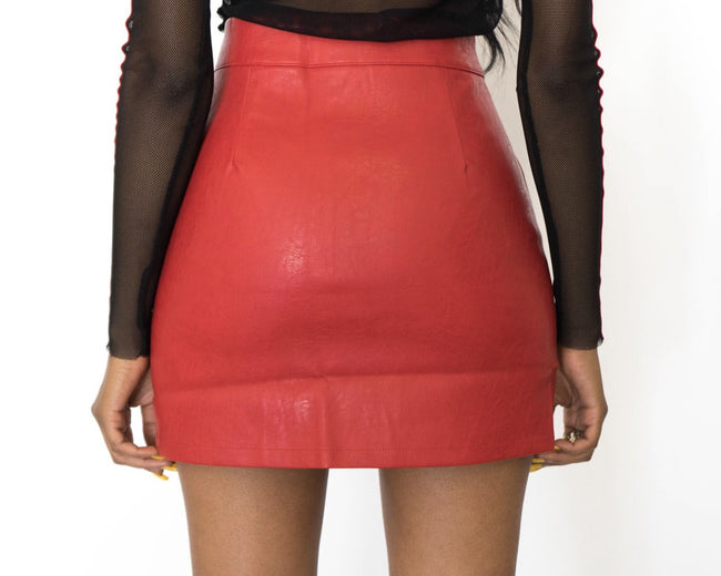 DOWN THE MIDDLE MINI SKIRT
