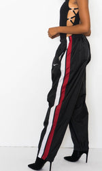 NIKE STRIPED WINDBREAKER JOGGERS