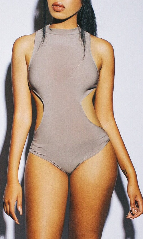 MOCHA CUT OUT BODYSUIT