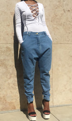 EX BOYFRIEND DROP CROTCH JEANS (LIGHT)