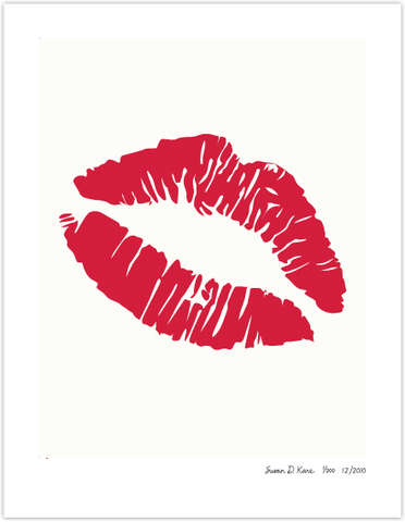 Big Kiss on Ivory icon print