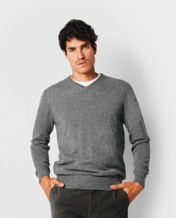 SWEATER CUELLO EN V CASHMERE