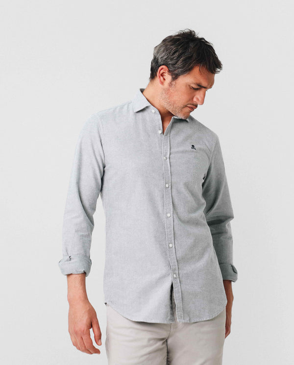 CAMISA SLIM FIT PINZAS