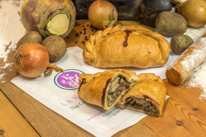 Mixed Box of 5 x Traditional Cornish Pasties & 5 x Lamb & Mint ( Pre-Baked 340g )