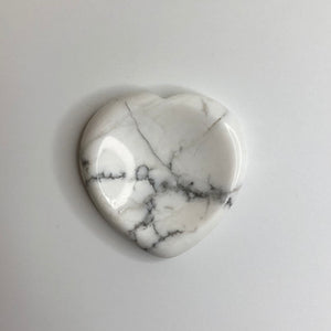 Howlite Heart Worry Thumb Stone