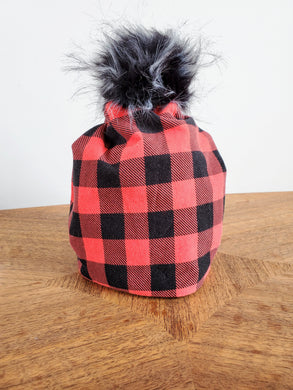Stretch cotton knit hat with snap off pompom. Easy wash, comfy wear. Canadiana plaid