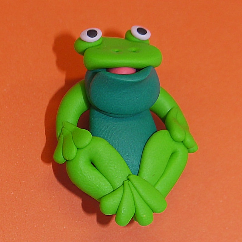Clay Brooch - Frog