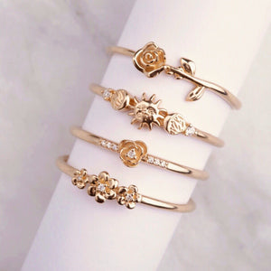 La Kaiser jewelry in South Africa. Online store, solid gold, fine jewellery. My Forever Rose, Daisy Garland Ring. Diamonds, gold. Fine quality jewellery online