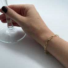 Load image into Gallery viewer, Paperclip bracelet on female arm, wineglass