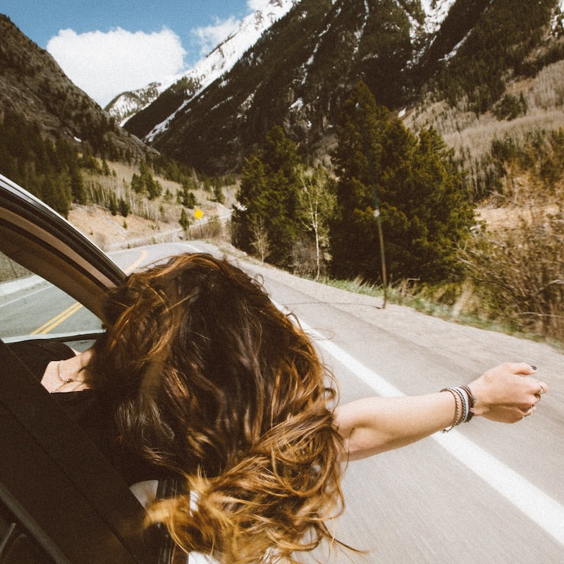 5 Things to do on a long car ride and make time fly