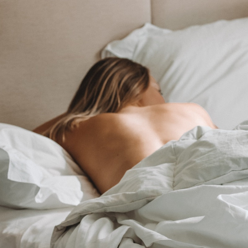 Is sleeping naked better for your health? Say bye to pajamas
