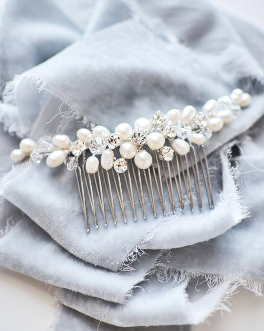 Abbey Freshwater Pearl Bridal Comb2