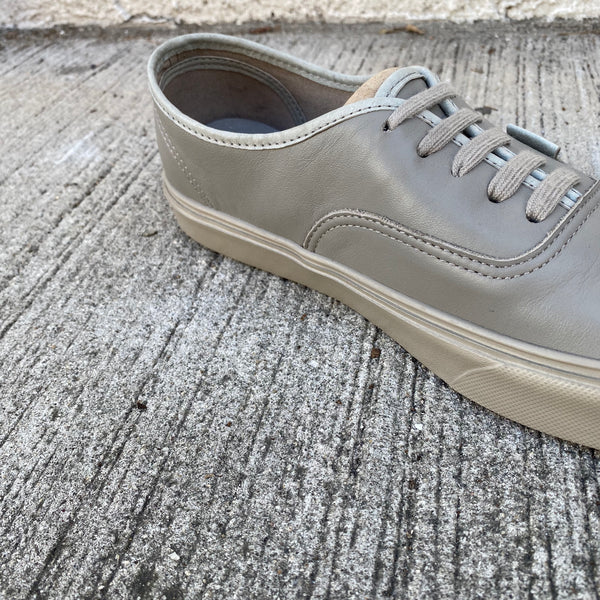 [ FINAL ONE ! ] Authentic Lite LX (Leather) -VANS VAULT LINE-
