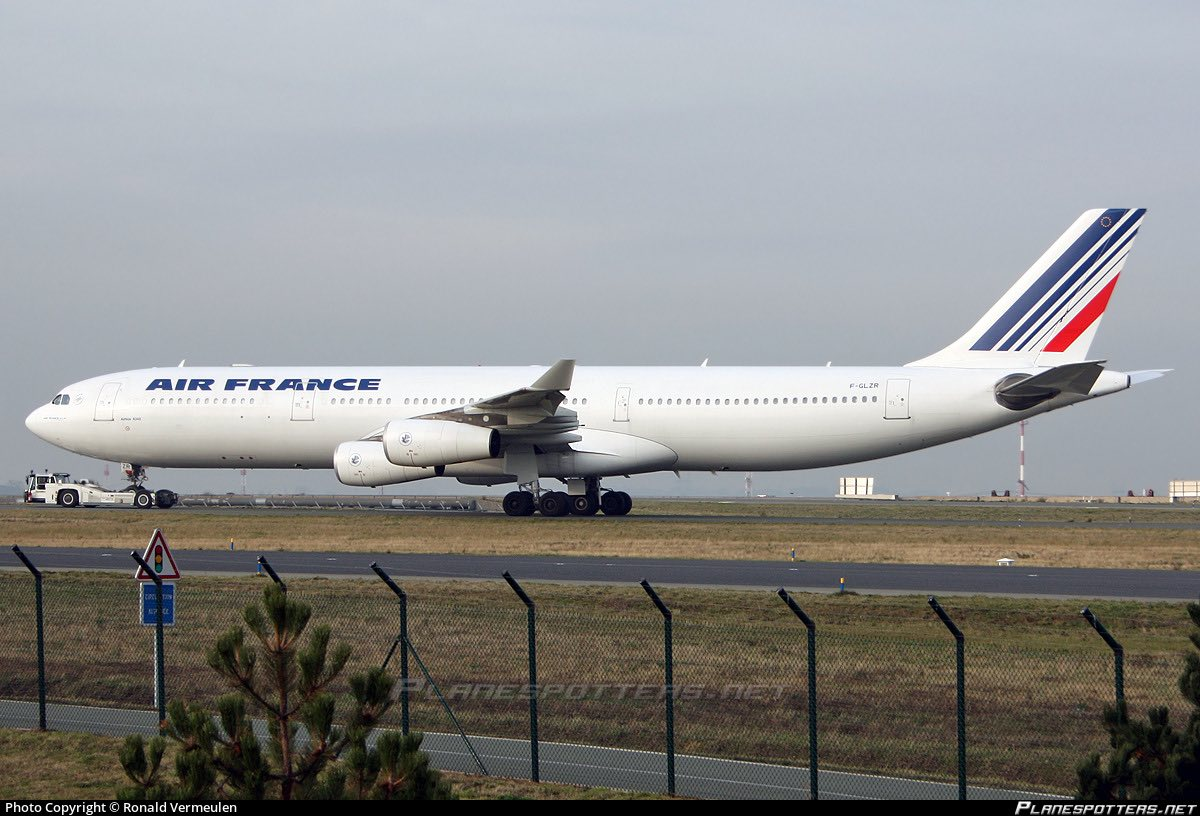 Airbus A340 - Normal Series - AIR FRANCE