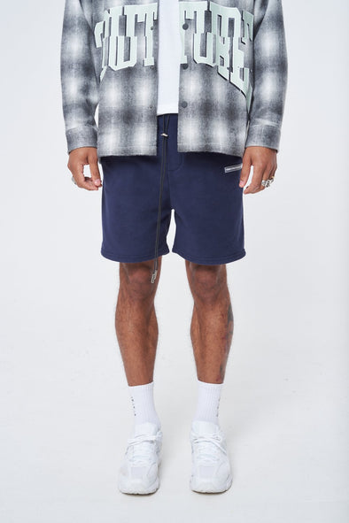 FLEECE RUBBER BADGE RELAXED SHORT
