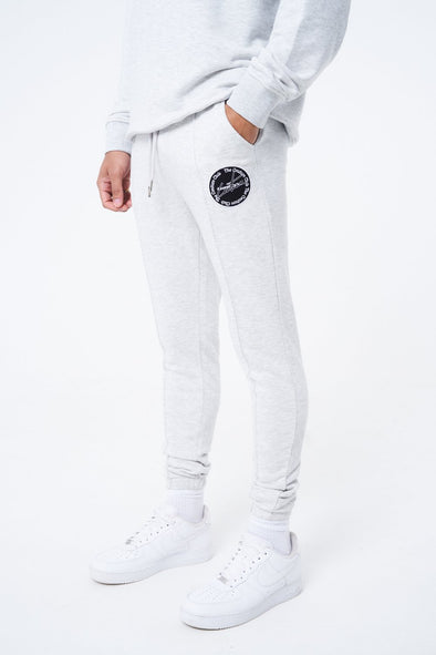 RELAXED FIT JOGGER WITH EMBLEM BADGE