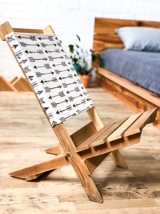 The Northwoods Rustic Folding Chair