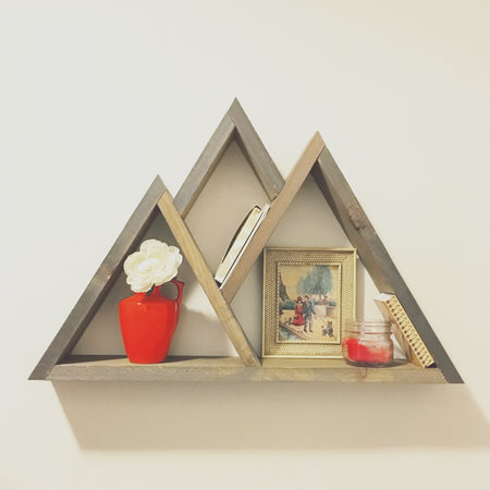 The little mountain shelf