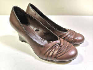 JULES & JAMES BROWN WEDGE SHOE LADIES SIZE 9 EUC