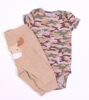 CARTERS MOOSE OUTFIT 0-3M EUC