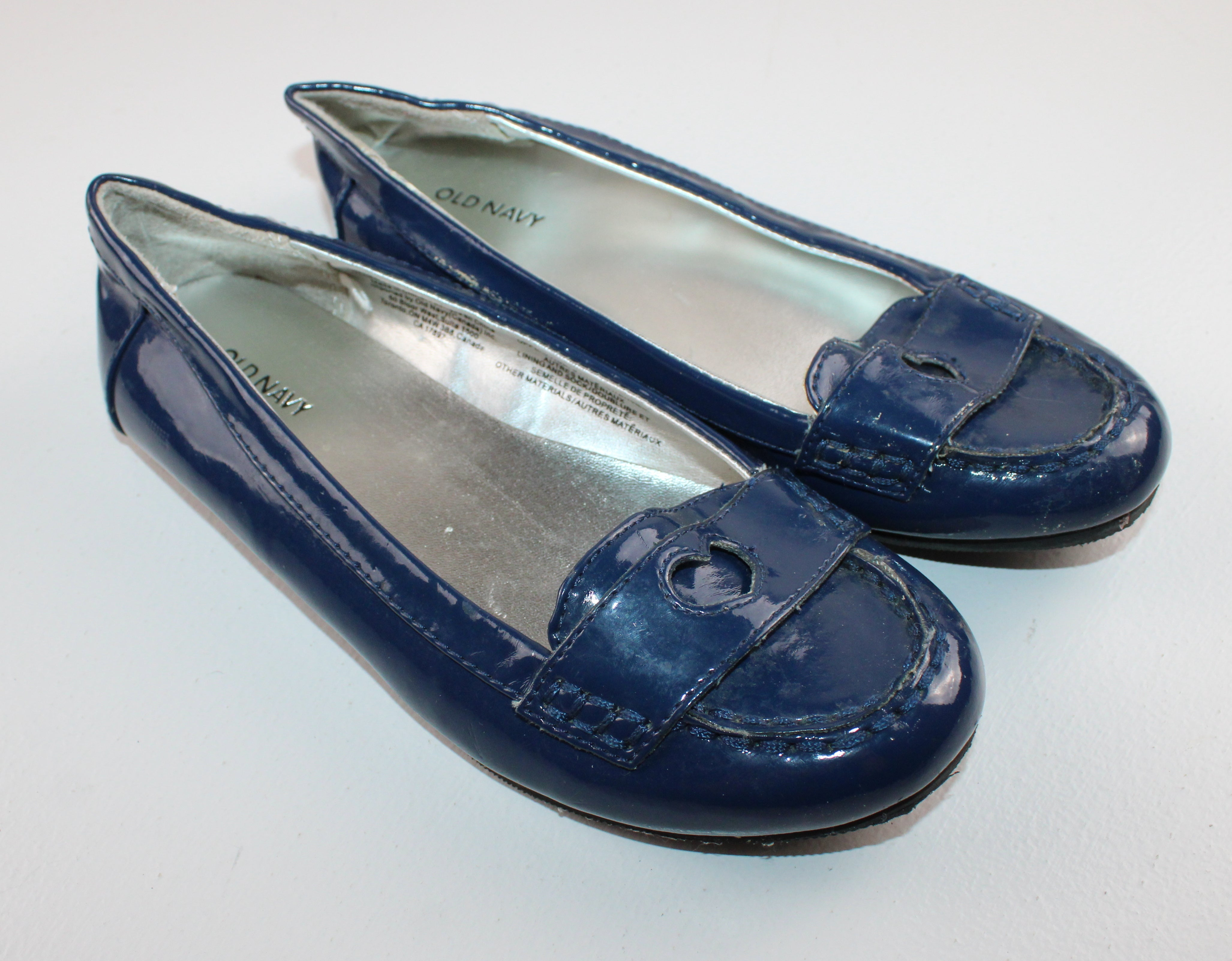 OLD NAVY BLUE PATENT LOAFERS SIZE 2 GUC