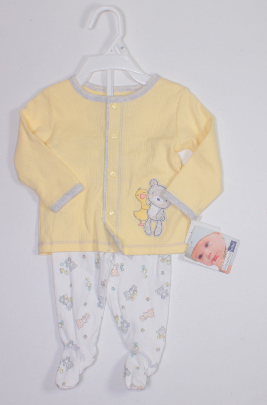 6702e1d7f771 VITAMINS BABY BEAR OUTFIT 3M NEW! - Betty s Consignment