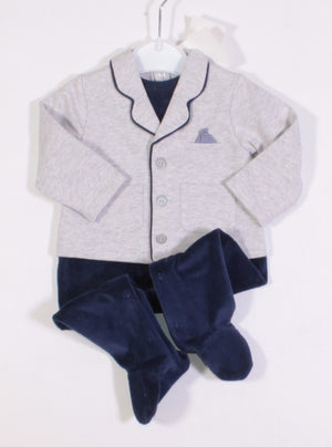 ONE PIECE OUTFIT 2-4M NEW!