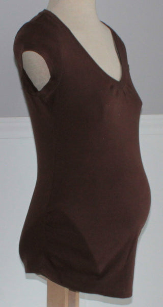 THYME MATERNITY BROWN TEE SMALL EUC