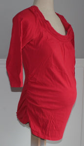 RED MATERNITY TOP APPROX MEDIUM VGUC/EUC