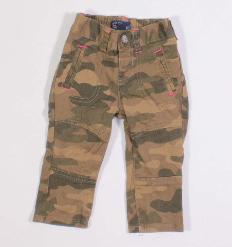 TCP CAMO JEGGINGS 9-12M EUC