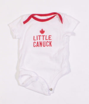 CARTERS LITTLE CANUCK ONESIE NEWBORN EUC