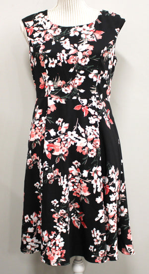 RICKIES FLORAL DRESS LADIES SIZE 6 EUC