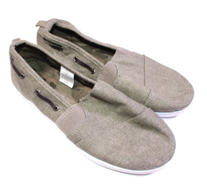 JOE FRESH GREY SLIP ON SHOE SIZE 4 YOUTH EUC