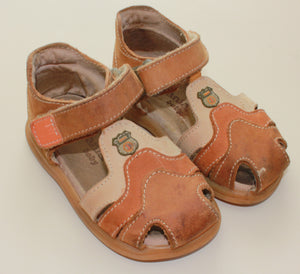 MELANIA LEATHER SANDAL SIZE '23' OR US-6 VGUC-EUC