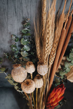 Load image into Gallery viewer, Heidi Dried Flower Bouquet