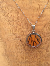 Load image into Gallery viewer, Monarch Butterfly Wing Circle Pendant Necklace - Monarch Hindwing