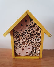 Load image into Gallery viewer, Bee House