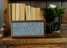 Load image into Gallery viewer, Vintage Bluetooth Speakers