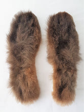 Load image into Gallery viewer, Possum Fur Shoe Liners