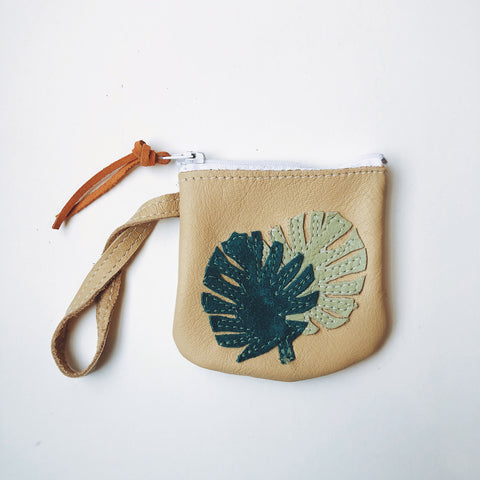 Pioneer Pouch | Monstera