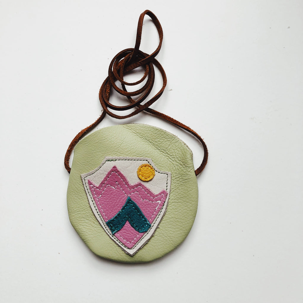 Adventure Badge MV