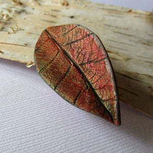Small Textured Leaf Brooch/Pendant