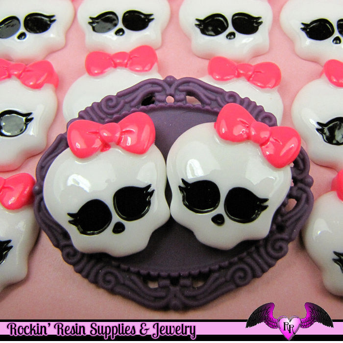 4 pc SKULL HEAD with BOW Resin Kawaii Decoden Cabochons 26x23mm