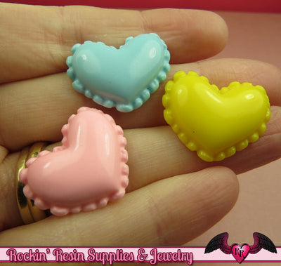 6 pcs Pastel Scalloped Hearts \ Resin Decoden Flatback Kawaii Cabochons - Rockin Resin