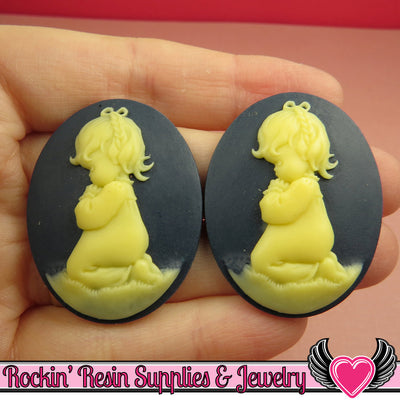 Praying Little Girl Resin Cameos Dark Navy Blue & Ivory 30x40mm Flatback Resin Cabochons (2 pieces) - Rockin Resin