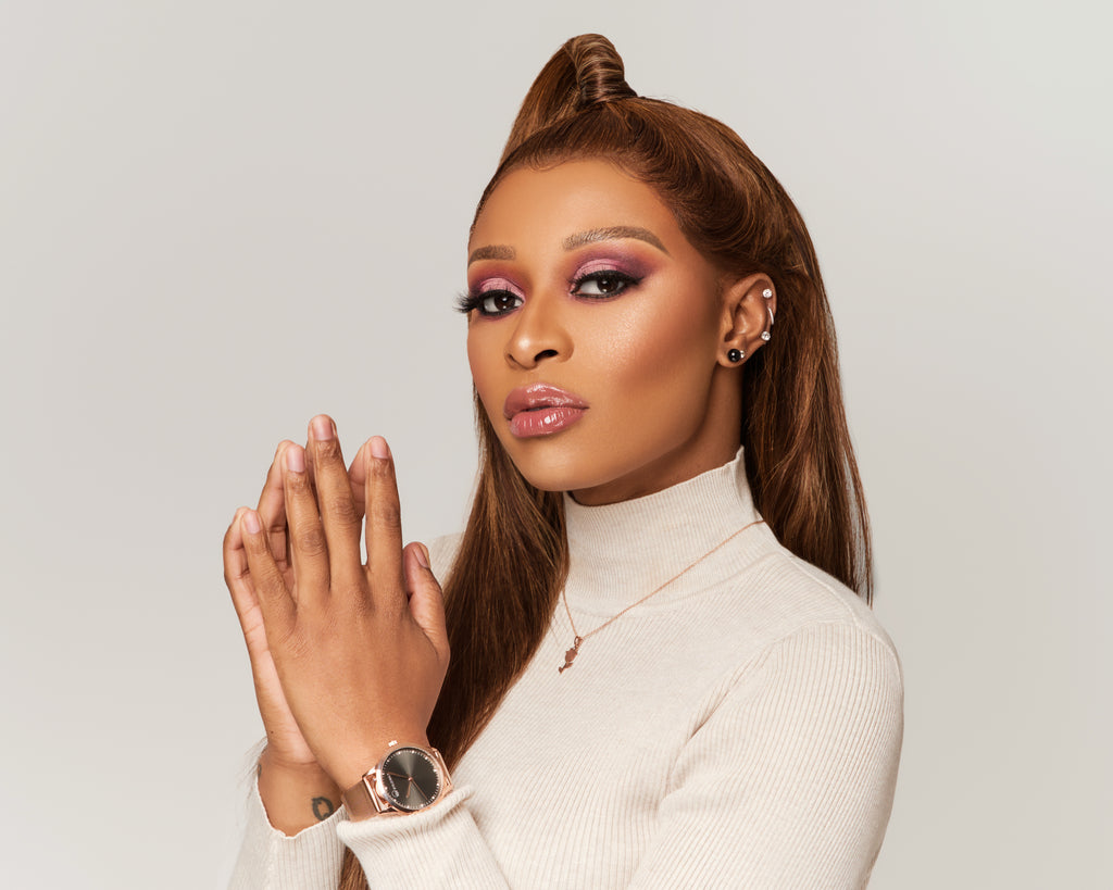Born In Dannhauser, a small town in Kwa-Zulu Natal. Zinhle Jiyane aka Dj Zinhle has become one of the most celebrated female house DJs in South Africa.